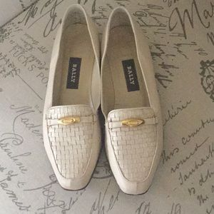 Bally Vanessa leather flex weave beige loafers 7